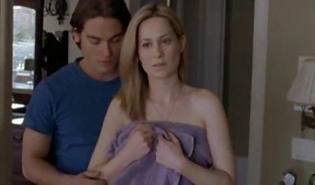Це Браззерс - Зрілі сексуальні матусі, як він великої сцени, втручатися у парку станції
